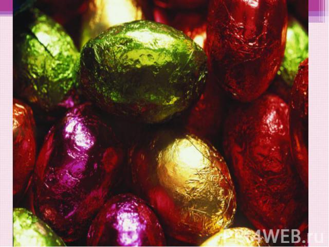 Связь с язычеством Так получилось, что Пасха совпадает со временем, когда весна вступает в свои права. Еще издревле к этому дню в знак цветения красили варёные яйца в разные цвета. Они символизировали цветы Ярилы-бога. Эти яйца потом раскладывали на…