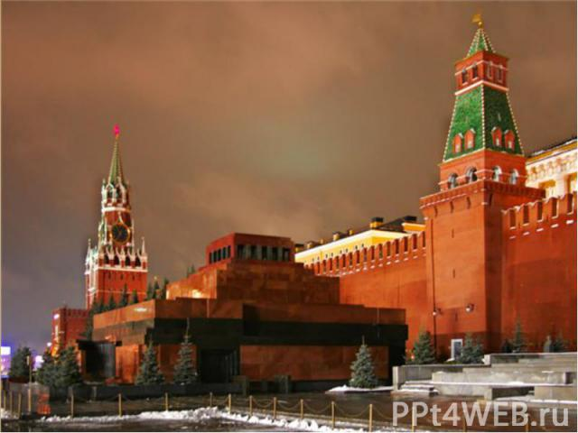 В Москве в стиле ампир работал Осип Бове. Им реконструирована после пожара 1812 года Красная площадь.