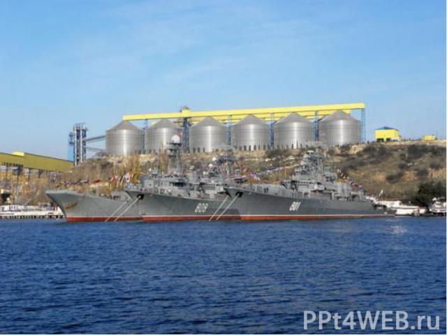 Россия получает практически полный контроль над Азовским морем, входом и выходом из него через Керченский пролив. В данный момент Россия ежегодно платит, по разным оценкам, от 20 до 70 млн долларов за проводку русских судов по Керчь-Еникальскому кан…