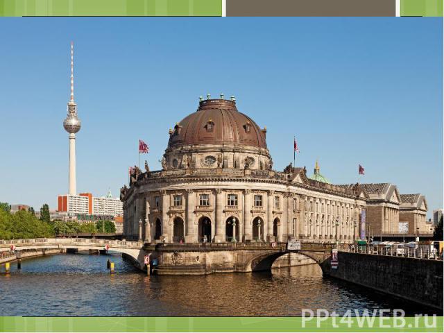 """Museumsinsel Berlin verfügt über eine Vielzahl von Museen. Im Jahr 1841 bestimmte eine königliche Order, die von Spree undKupfergrabenumflosseneMuseumsinsel im nördlichen Teil derSpreeinselzu einem """"der Kunst und …"""