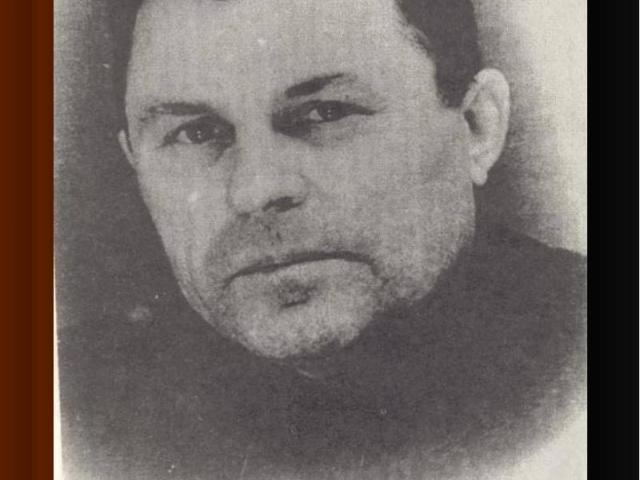 Командир партизанского отрядаВасилий Иванович Золотухин